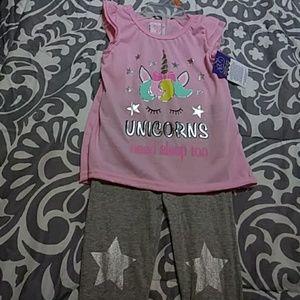 💕So cute Unicorns Sleepwear set 2T